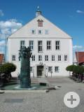 Rathaus_mit_Rathausbrunnen