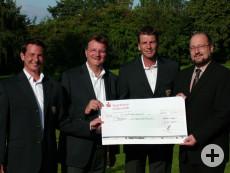 Spendenübergabe Golfclub für das Projekt Kinderstadtplan