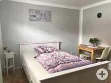 Schlafzimmer 1,40er-Bett